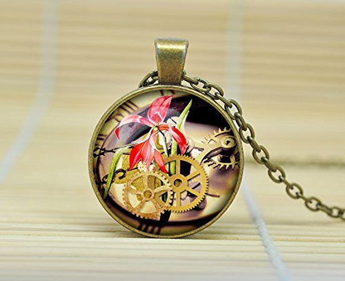 steampunk-clock-pendant-steampunk-watch-necklace-old-clock-steampunk-jewelry-glass-cabochon-necklace