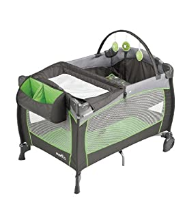 Evenflo 70211235 Portable BabySuite 300 Pinwheel