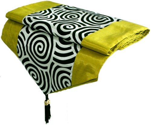 Artiwa Lime & Cream Silk Table Runner 14X92 Inch With Black Velvet Spiral