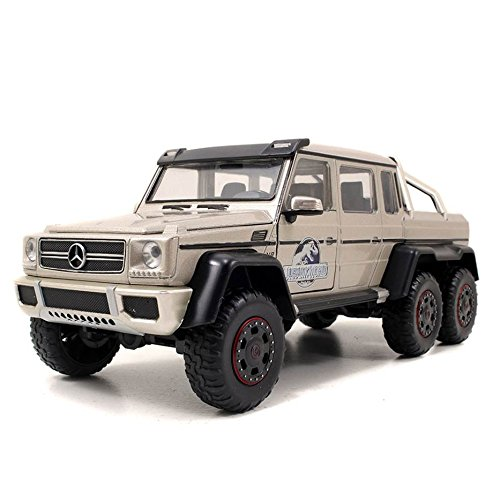 mercedes-benz-g-63-amg-6x6-jurassic-world-2015-silber-124-jada-toys