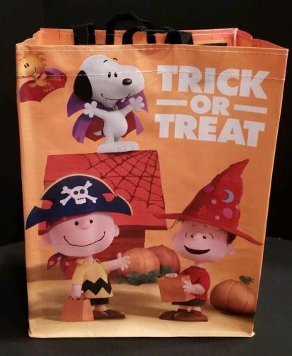 New Peanuts Movie 2015 Trick Or Treat Halloween Promo Bag Snoopy Linus Pumpkin (Adult Peanuts Linus Costume)