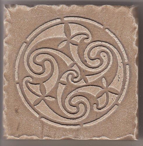 5-losetas-distintas-grabadas-realizadas-en-piedra-natural