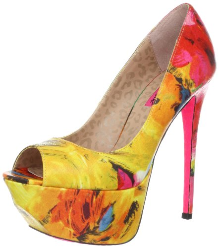 Betsey Johnson Women's Bridgitt Platform Pump