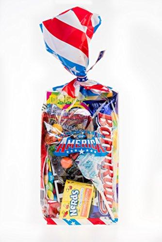 Goûts Unies de USA Amérique! Un grand sac-cadeau complet de la célèbre confiserie assortiment des Etats-Unis soigneusement emballé dans un sac étoiles et rayures.