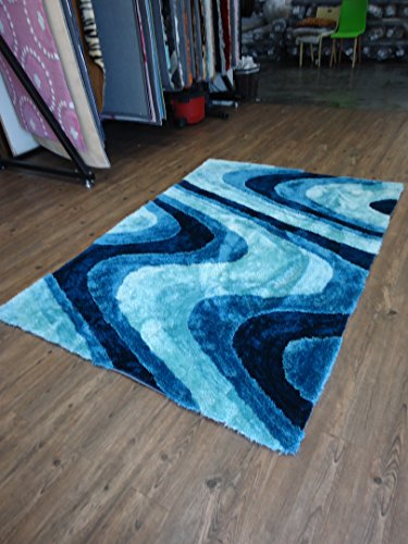 Shaggy Bedroom Area Rug In Turquoise Hand-tufted Measuring at ~4' ft. x 5'.4