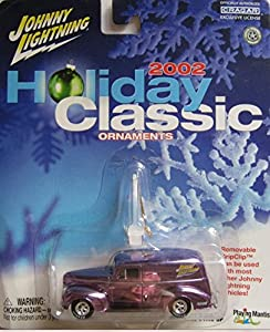 Johnny Lightning - Holiday Classic ornaments 2002 Chevy Deluxe Wagon