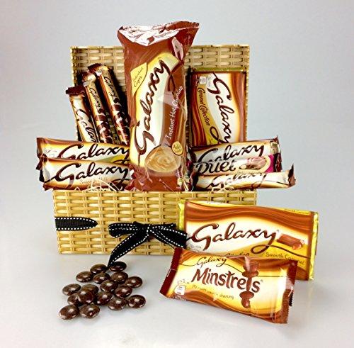 happy-galaxy-christmas-chocolate-hamper-including-hot-chocolate-ripple-minstrels-duet-wicker-effect-