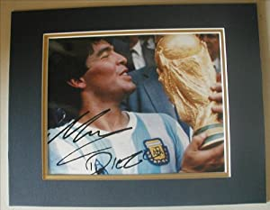 "DIEGO MARADONA Signed 8""x10"" DOUBLE MATTED Photo Reprint. With FACSIMILE Autograph. Ready for Framing!"