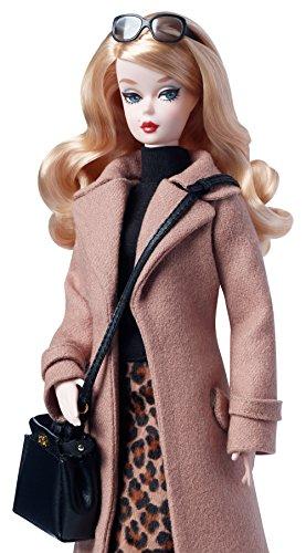 Mattel-Barbie-DGW54-Barbie-Fashion-Model-Collection-Trenchcoat