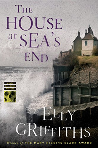 Image of The House at Sea's End (Ruth Galloway Mysteries)