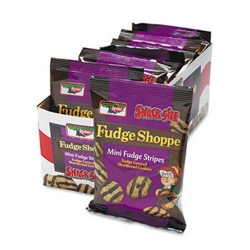 mini-cookies-fudge-stripes-2oz-snack-pack-8-packs-box