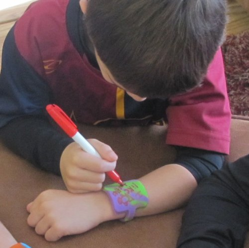 Scribbleband Wristband for Notes (Purple/Green Swirl; Small/5.5ins) - let your wrist do the talking!