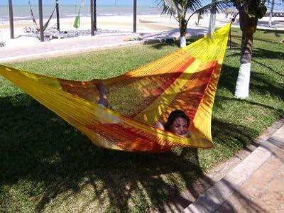 Mexikanische Netzhängematte Double Solar von MacaMex auf Gartenmöbel von Du und Dein Garten