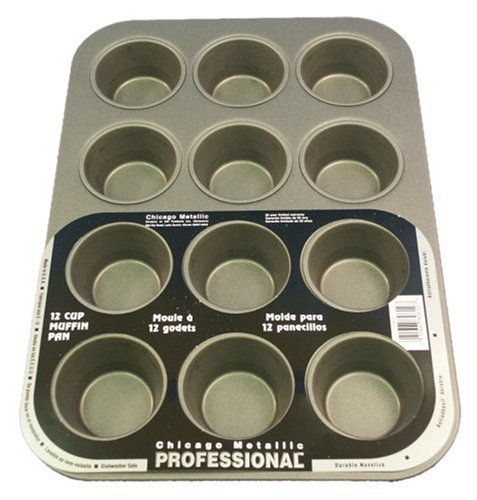 Chicago Metallic Professional Nonstick 12-Cup Muffin Pan