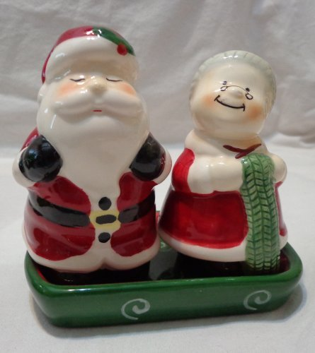 publix-mr-mrs-claus-christmas-ceramic-salt-pepper-shaker-set-with-matching-tray-4-inch-figures