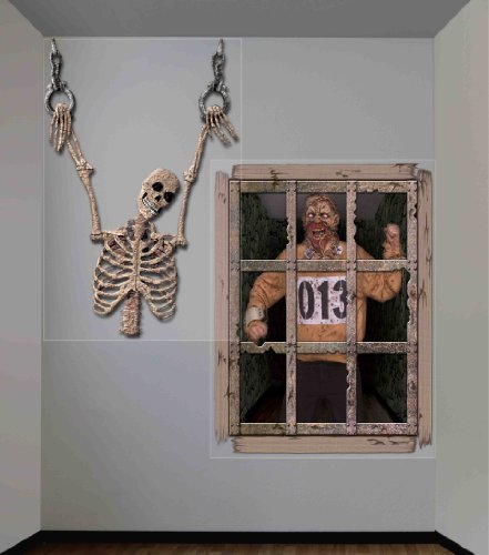 Forum Novelties Dungeon Decor Indoor/Outdoor Gruesome Wall Decoration, 5', Multicolor