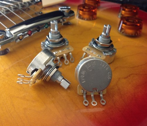 Set of 4 (4X) CTS 500K SHORT Split Shaft Audio Taper Potentiometers (500k Cts Pot compare prices)