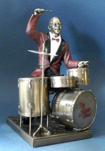 Jazz-Musik-Skulptur-Schlagzeug-Kollektion-Le-Monde-du-Jazz-aus-den-Parastone-Ateliers
