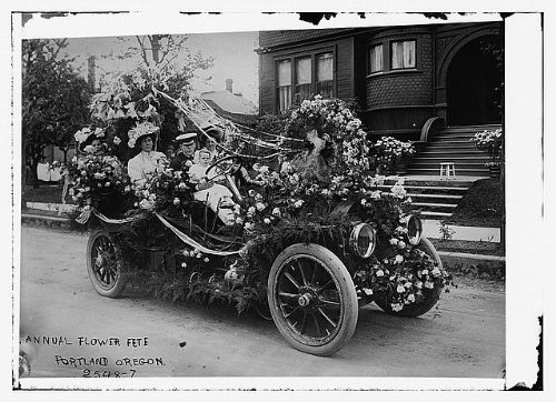 Photo Annual flower fete, Portland, Oregon 1910