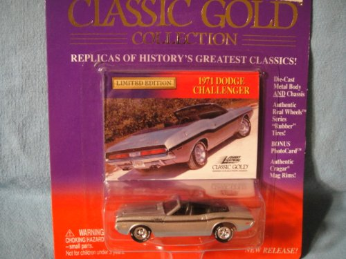 JOHNNY LIGHTNING 1:64 SCALE CLASSIC GOLD COLLECTION SILVER 1971 DODGE CHALLENGER CONVERTIBLE DIE-CAST COLLECTIBLE
