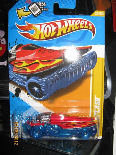 Hot Wheels 2012 New Models Mad Splash (Blue and Red)