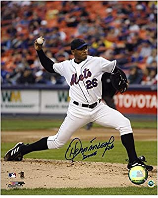"""Orlando Hernandez New York Mets Autographed 8"""" x 10"""" Pitching Photograph - Fanatics Authentic Certified"""