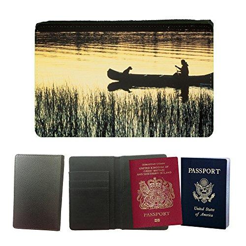 pu-supporto-di-cuoio-del-passaporto-con-slot-per-schede-m00107103-kanu-fluss-silhouettes-dog-sunset-