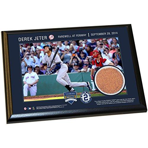Derek Jeter Fenway Farwell Moment 5X7 Dirt Plaque front-1038586