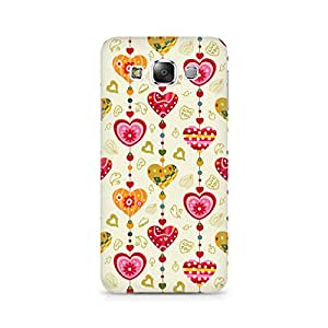 Mobicture Hearts Premium Printed Case For Samsung E7