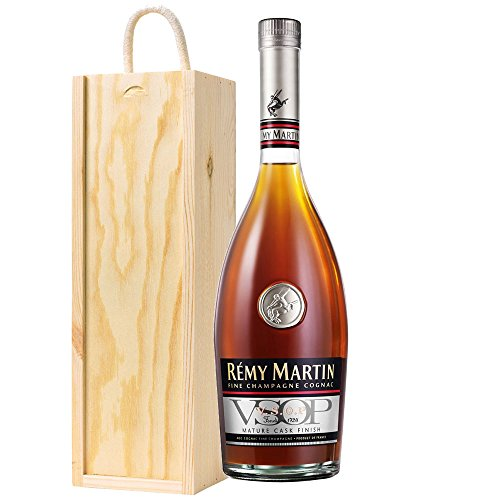 remy-martin-vsop-cognac-70cl-bottle-in-wooden-gift-box-with-hand-crafted-gifts2drink-tag