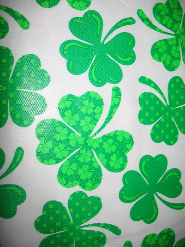 ST PATRICK'S DAY TABLECLOTH OBLONG decorations 52 X 70 VINYL W/ flannel back FAST PRIORITY SHIP 3 days continental USA