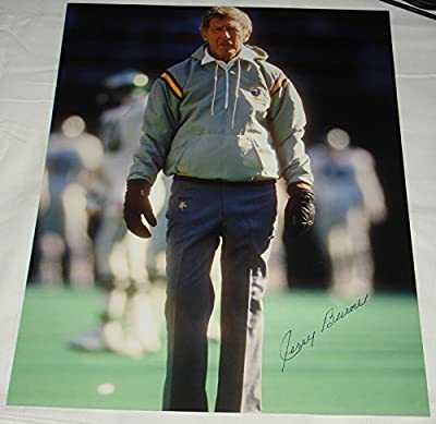 Jerry Burns Hand Signed / Autographed Minnesota Vikings 8 x 10 Photo