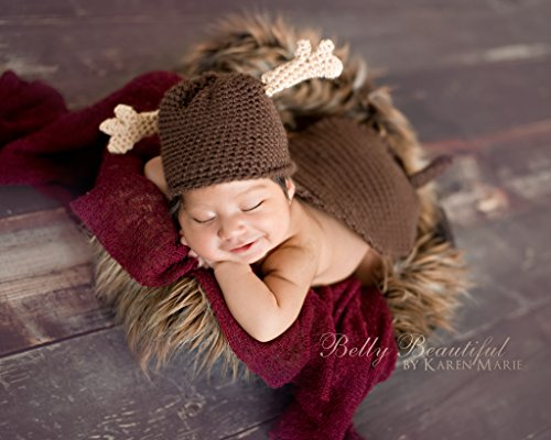 Moose Hat And Cape Set Crochet Pattern - Sizes Newborn Baby Through Child 3-10 Years Included front-332302