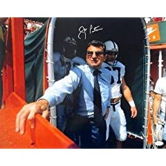 Autographed Joe Paterno Photo - 16x20 Tunnel JSA - Autographed College Photos