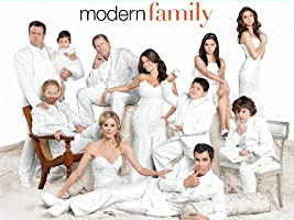Modern Family Season 2 [HD]