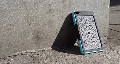 JJF Bird TM Solar Panel Charger 8000mah Rain-resistant Waterproof Shockproof Portable Dual USB Port Portable Charger Backup External Battery Power Pack for Iphone 6 4 4s 5 5sipod, Ipad Ipad Mini Retina(apple Adapters Not Included), Samsung Galaxy Note 2, Note 3, S2 S3, S4, S5, Blackberry Z30, Z10, Q10, Q5, Asus Nexus 4, 5, 7, 10, HTC One V, X, M8, M7, Mini, Max, Motorola Moto G, X, E, Droid, Lg G2, G3, Sony Xperia, Nokia Lumia, Icon, 521, 520, 920, 1020, 1520 Most Android/windows Smart Cell Phones, Gps, Tablets, and Other Usb-charged Devices, Etc. (8000-blue)