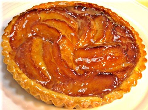 【フランス食堂 ウフ oeuf】 りんごのタルト16cm