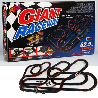 AFX AFX21017 Giant (MG+) Set with Lap Counter (Afx Slot Car Race Track Sets compare prices)