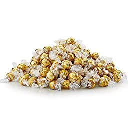 Lindt Lindor White Chocolate Case, 550 Count