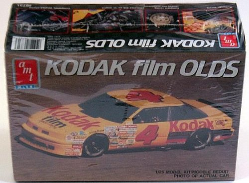 #6731 AMT/Ertl #4 Kodak Film Olds 1/25 Scale Plastic Model Kit