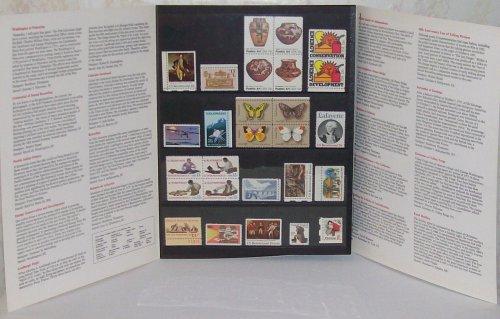 1977 US COMMEMORATIVE STAMP ALBUM