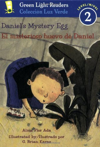 Daniel's Mystery Egg/El misterioso huevo de Daniel (Green Light Readers Level 2), Buch