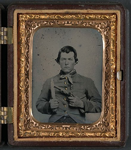1861 Photo Unidentified soldier in Confederate uniform with bowie knife and single shot pistol