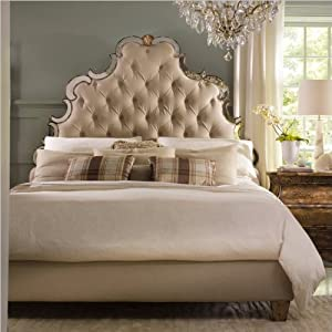 Hooker Furniture Sanctuary Tufted Bed in Bling -