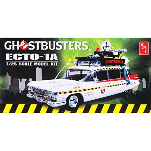 round-2-ghostbusters-ecto-1-125-scale-model-kit