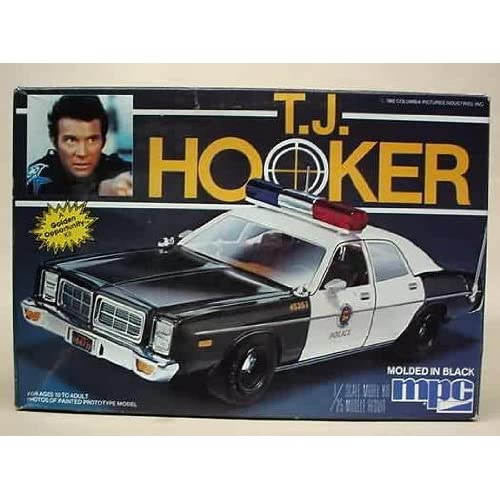Amazon.com: MPC 1-0676 T. J. Hooker 1978 Police Car 1/25 Scale Plastic