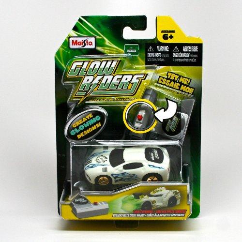 Squalo * Glow Riders * 2012 Maisto Ultra Glow 3 Inch Die-Cast Racer