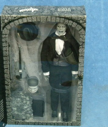 Buy Low Price Sideshow Lon Chaney as Phantom of the Opera Silver Screen Edition Figure (B000EIC5HO)