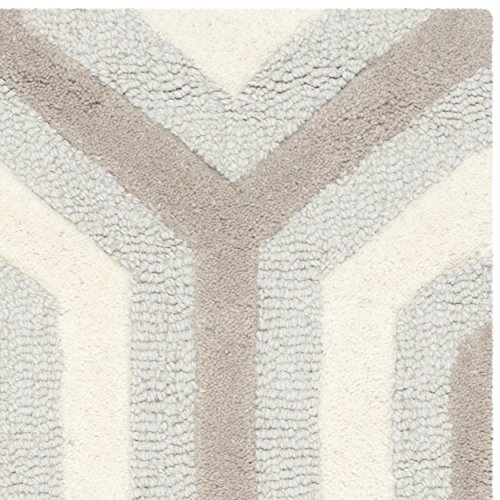 Safavieh Cambridge Collection CAM351E Handmade Light Blue and Grey Wool Area Rug, 2 feet by 3 feet (2' x 3')