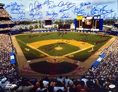 New York Mets Team Greats Autographed 16x20 Photo With 42 Signatures Including Duke Snider & Gary Carter Psa/dna Stock #10785